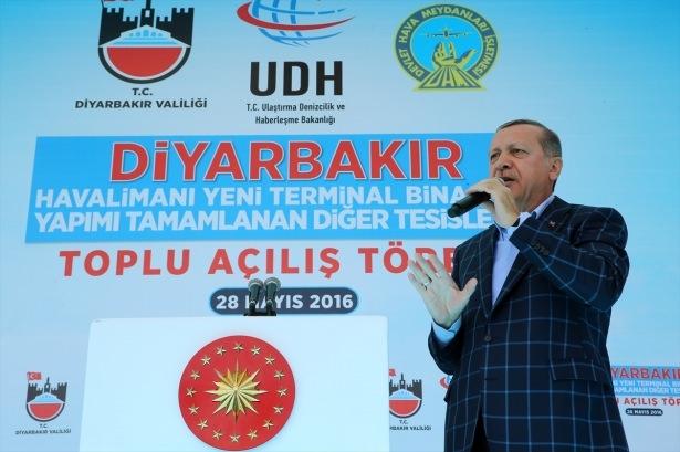 Cumhurbaşkanı ve Başbakan Diyarbakır'da 55