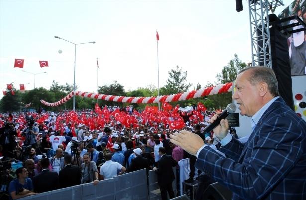 Cumhurbaşkanı ve Başbakan Diyarbakır'da 56
