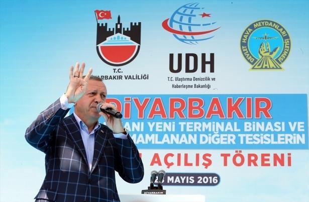 Cumhurbaşkanı ve Başbakan Diyarbakır'da 59