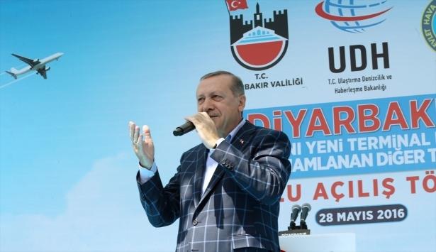 Cumhurbaşkanı ve Başbakan Diyarbakır'da 61