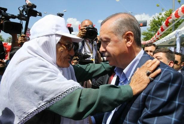 Cumhurbaşkanı ve Başbakan Diyarbakır'da 8