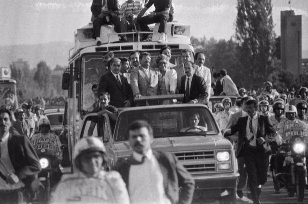 Arşivlerden çıkan Türkiye tarihi 64
