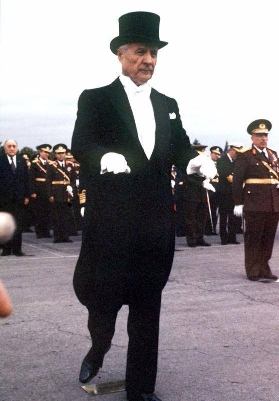 Arşivlerden çıkan Türkiye tarihi 76