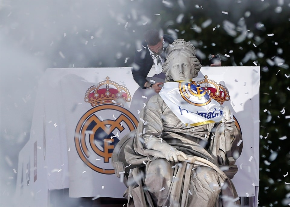 Avrupa'nın en büyüğü 'Real Madrid' 13