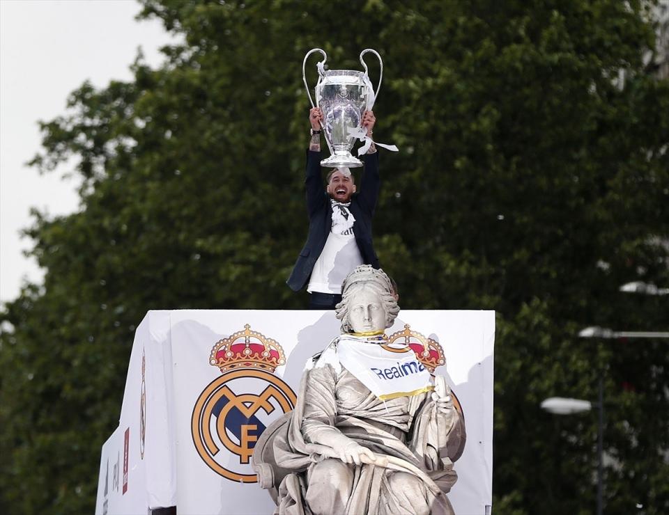 Avrupa'nın en büyüğü 'Real Madrid' 17