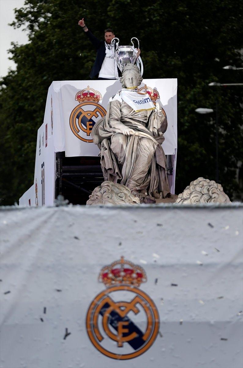 Avrupa'nın en büyüğü 'Real Madrid' 23