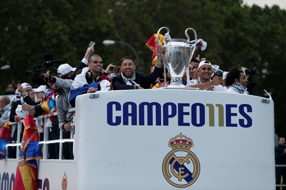 Avrupa'nın en büyüğü 'Real Madrid' 9
