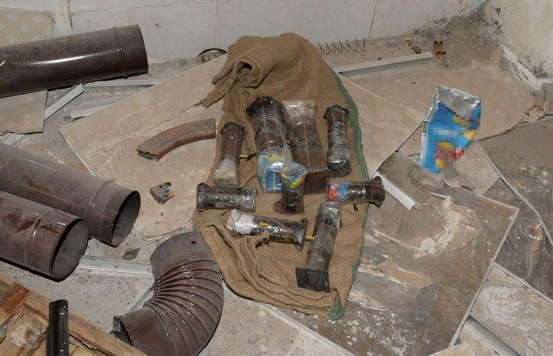 PKK'nın 'Patlayıcı imalathanesi' imha edildi 16