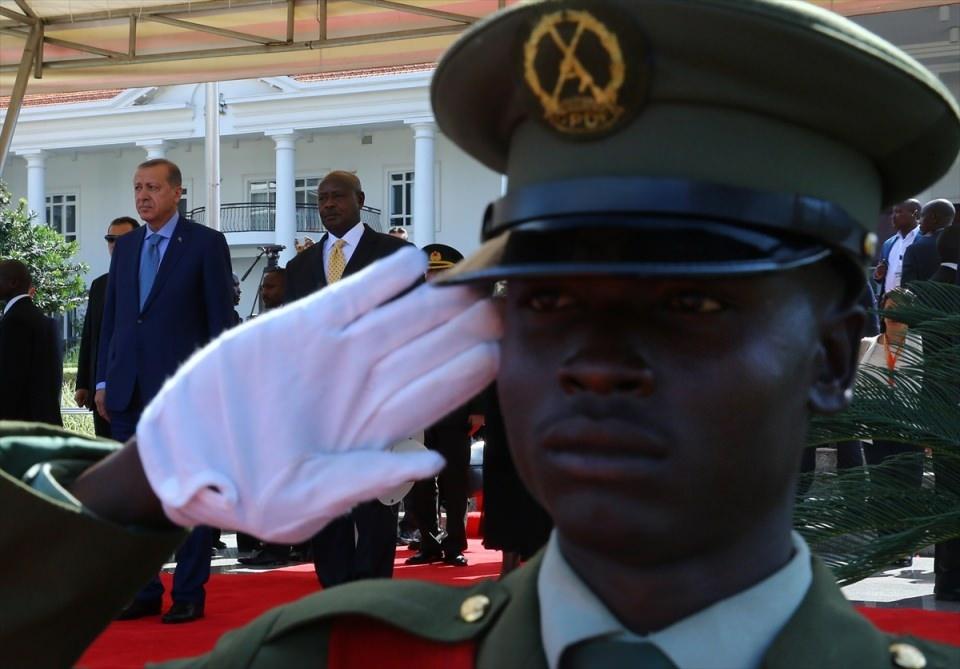 Cumhurbaşkanı Erdoğan Uganda'da 9