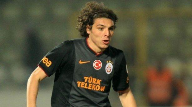 İşte Galatasaray'da gidecek ve kalacak isimler! 13