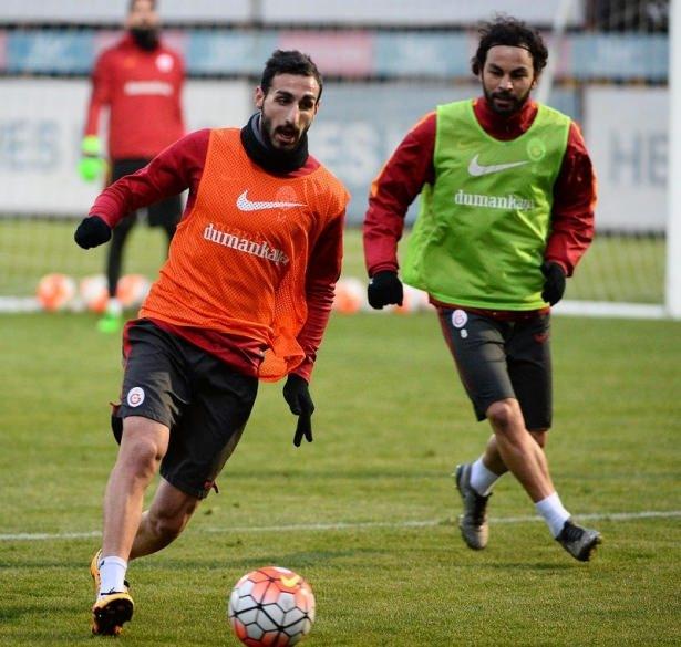 İşte Galatasaray'da gidecek ve kalacak isimler! 14