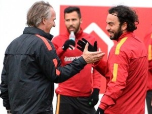 İşte Galatasaray'da gidecek ve kalacak isimler!