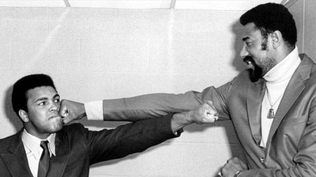 Muhammed Ali hayatını kaybetti 16