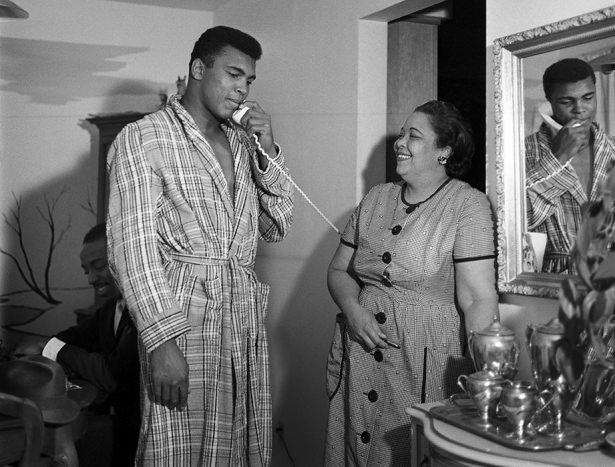 Muhammed Ali hayatını kaybetti 49