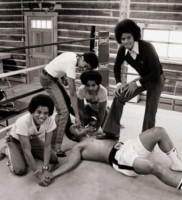 Muhammed Ali hayatını kaybetti 52