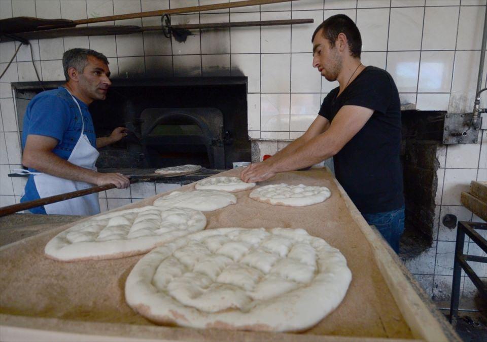 Pide ustalarının ramazan mesaisi başladı 6