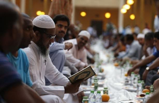 Dünyadan ramazan manzaraları 102