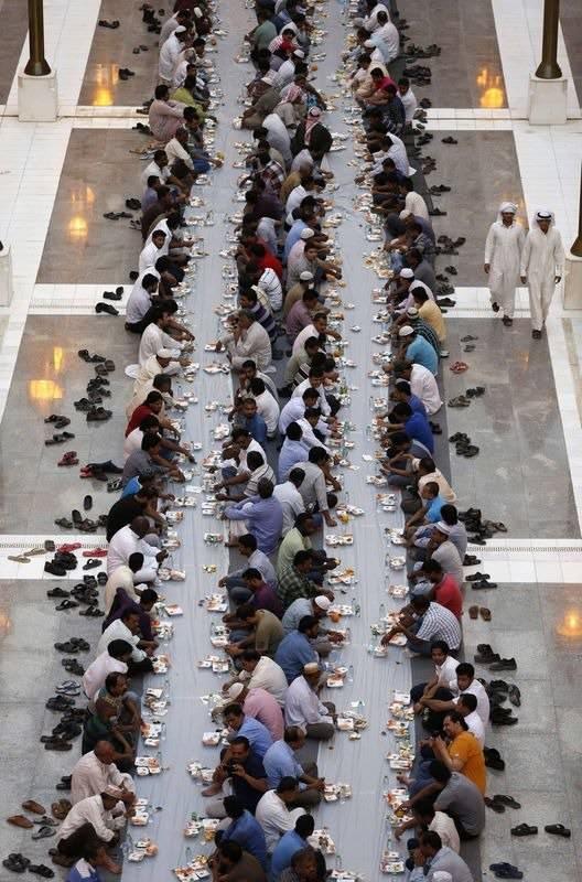 Dünyadan ramazan manzaraları 105