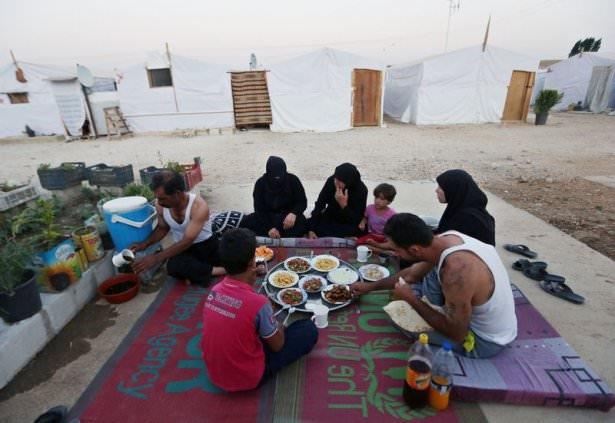 Dünyadan ramazan manzaraları 107