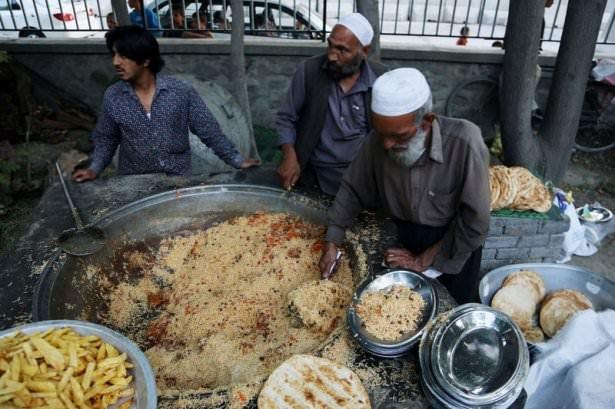 Dünyadan ramazan manzaraları 112