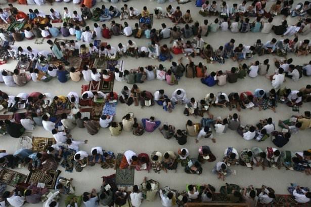 Dünyadan ramazan manzaraları 120