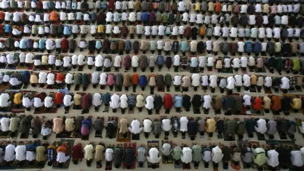 Dünyadan ramazan manzaraları 121