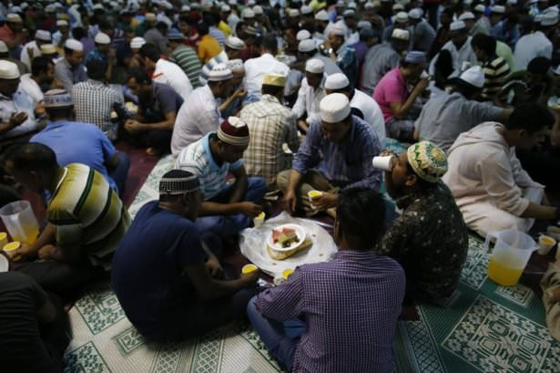 Dünyadan ramazan manzaraları 125