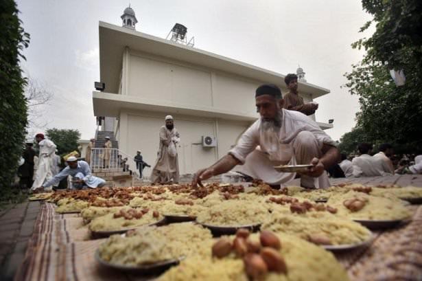Dünyadan ramazan manzaraları 138