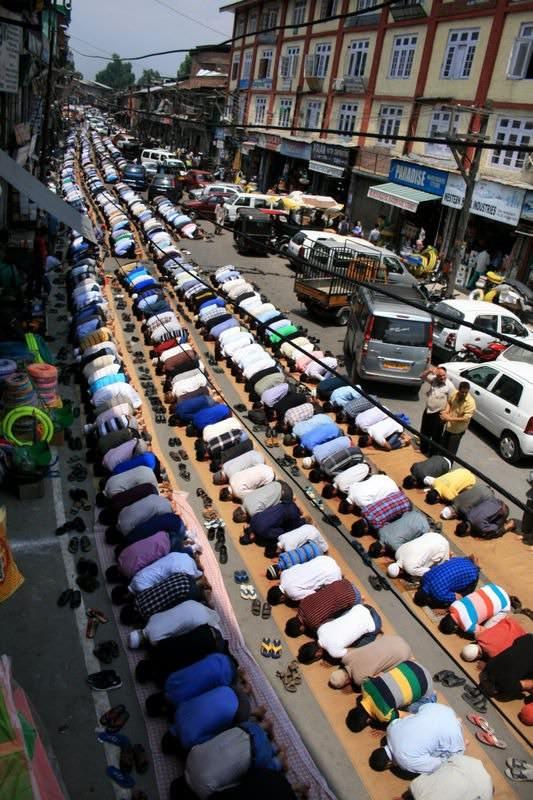 Dünyadan ramazan manzaraları 143