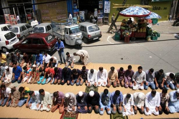 Dünyadan ramazan manzaraları 144