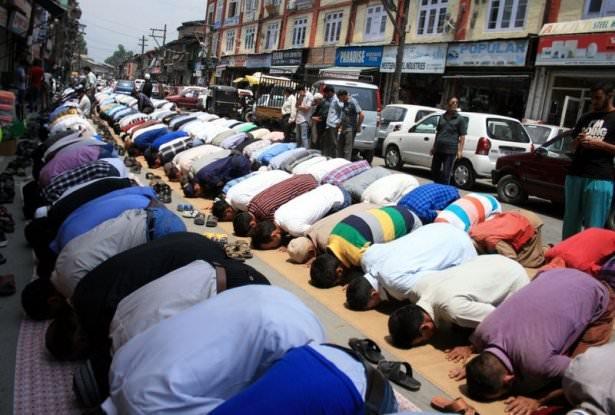 Dünyadan ramazan manzaraları 146