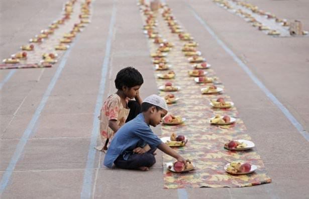 Dünyadan ramazan manzaraları 153