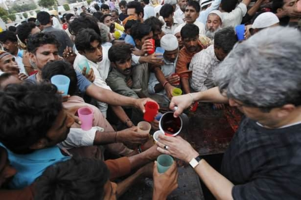 Dünyadan ramazan manzaraları 175