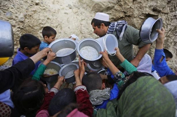 Dünyadan ramazan manzaraları 180