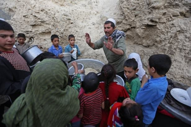 Dünyadan ramazan manzaraları 182