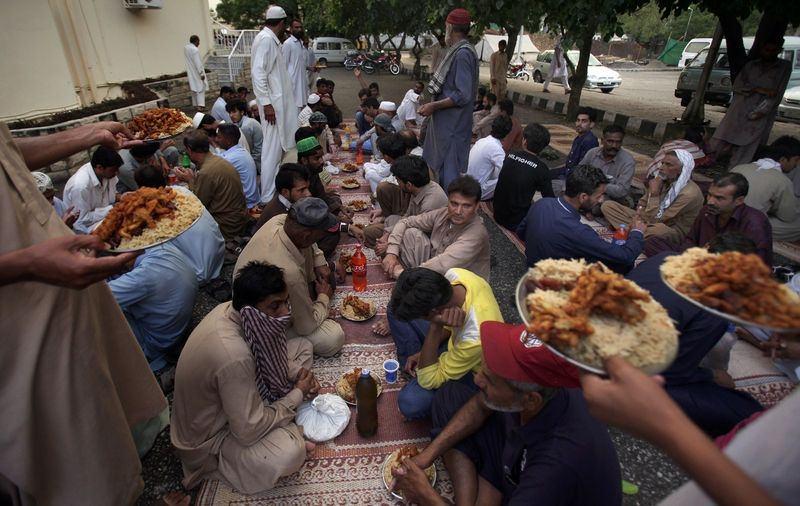 Dünyadan ramazan manzaraları 40