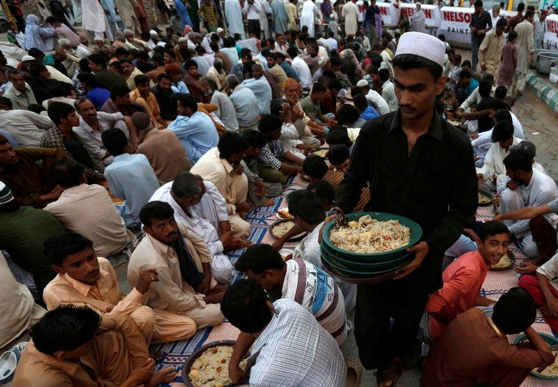 Dünyadan ramazan manzaraları 41