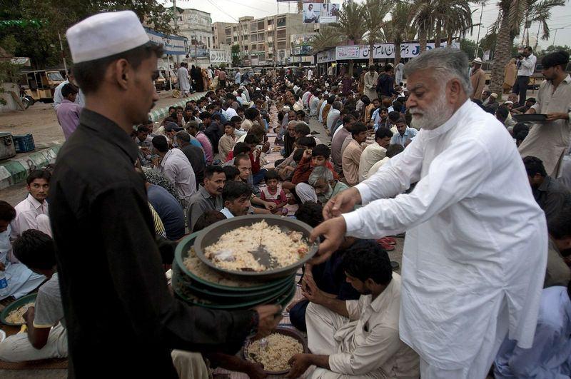 Dünyadan ramazan manzaraları 48