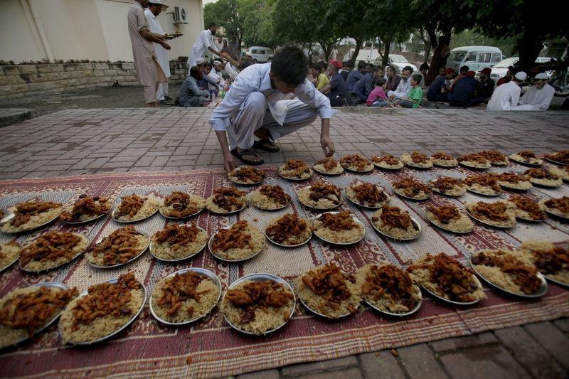 Dünyadan ramazan manzaraları 52