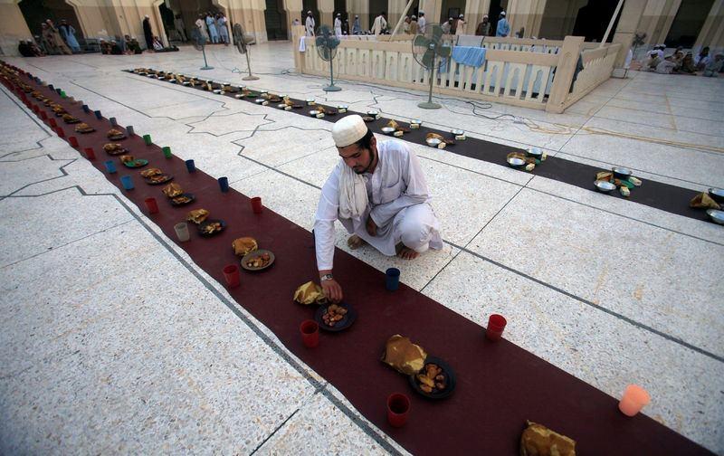 Dünyadan ramazan manzaraları 54