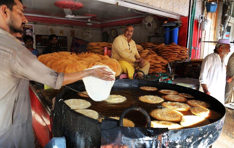 Dünyadan ramazan manzaraları 60
