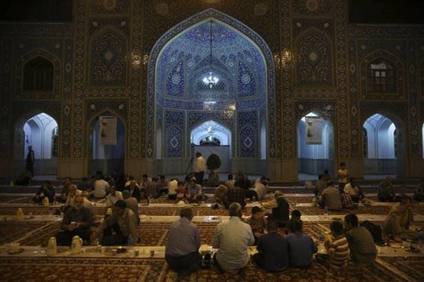 Dünyadan ramazan manzaraları 84