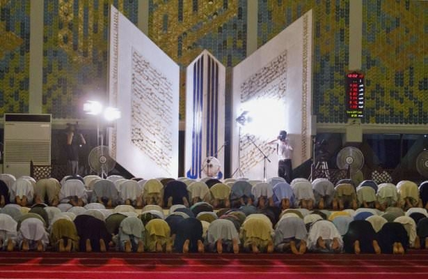 Dünyadan ramazan manzaraları 99