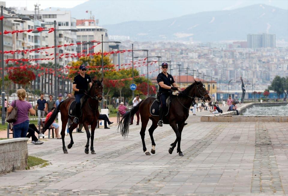 """İzmir'de """"Dört nala"""" güvenlik 31"""