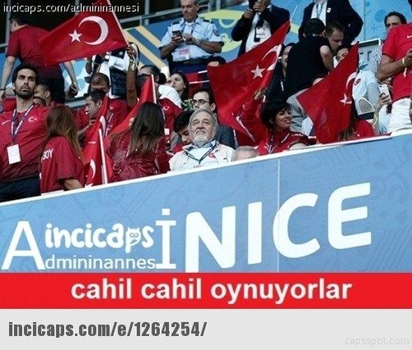Türkiye-İspanya maçı capsleri! 26