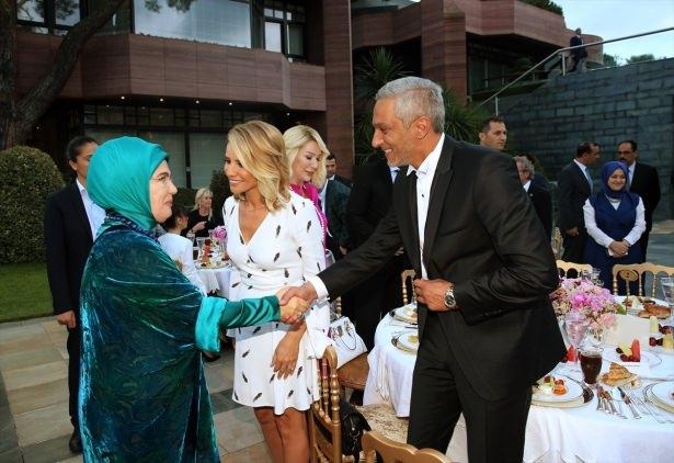 Erdoğan sanatçı ve sporcuları ağırladı 11