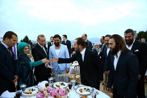 Erdoğan sanatçı ve sporcuları ağırladı 17