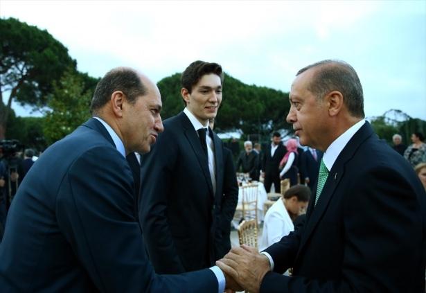 Erdoğan sanatçı ve sporcuları ağırladı 19