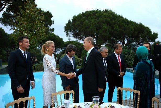 Erdoğan sanatçı ve sporcuları ağırladı 2