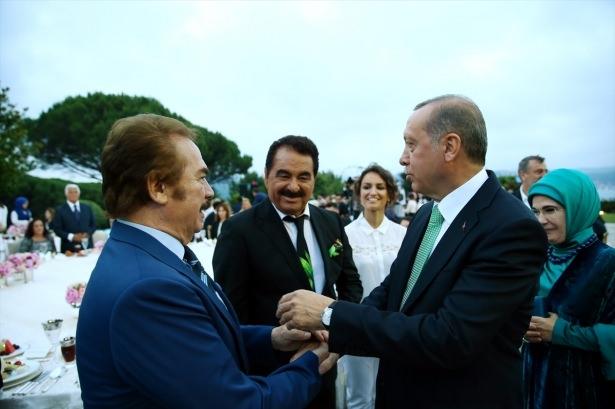 Erdoğan sanatçı ve sporcuları ağırladı 24